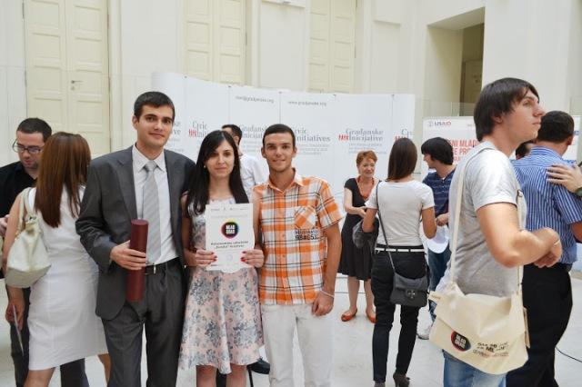 Zoran Tomić, Sanja Jovanović i Aleksandar Ristić na dodeli priznanja