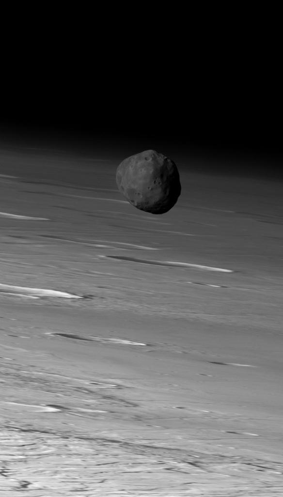 Fobos - foto: Mars Express / ESA / DLR / FU Berlin (G. Neukum)