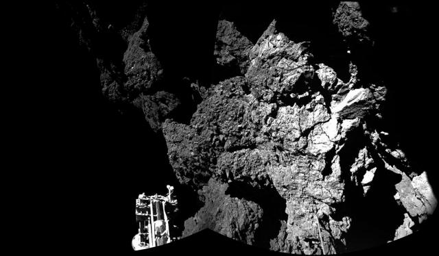 Prva slika lendera sa površine komete - foto: ESA/Rosetta/Philae/CIVA