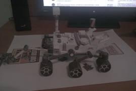 Rover Curiosity od papira u stanu