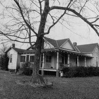 Pre 56 godina meteorit je udario ženu u njenoj dnevnoj sobi